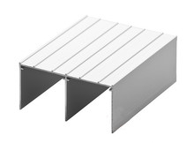 Tor Górny PREMIUM 75/II do drzwi przesuwnych w kolorze srebrnym o długości 235 cm.  Linia Premium 75.  Wykonany z aluminium w kolorze srebrnym....