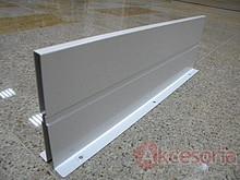 Ścianka działowa Z46L. Kolor jedwabiście-biały. Do długości prowadnic 55cm. Element systemu Orga-Line do Tandembox z wysokim frontem. Stosuje się ją w...