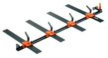 65.1000.01 Uniwersalna listwa montażowa długości 1000mm z 4 matrycami do obróbki boków korpusu. Ułatwia wiercenie pozycji mocowań pod prowadnice...