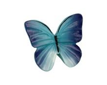 Gałka do mebli dziecięcych firmy Siro. Wykonana z tworzywa, przedstawiająca motyla.  Bardzo efektowna gałka w kształcie niebieskiego motyla...