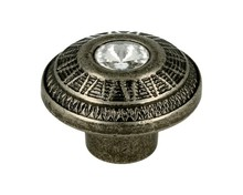 Gałka z kryształkiem z kolekcji Herkules.  Niezwykle efektowna i elegancka gałka meblowa z kolekcji Herkules sprawi,że każdy mebel stanie się o...