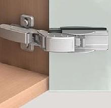 CLIP top Cristallo zawias klejony do drzwi szklanych i luster. Do drzwi nakładanych, wpuszczanych i bliźniaczych. Z systemem samodomykania - Sprężyną...