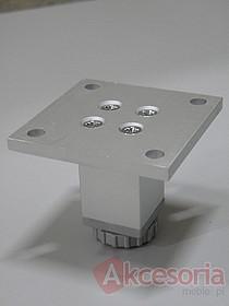 Nóżka aluminiowa kwadratowa, z regulacją wys. 5 cm  Bezpieczny zakres regulacji - ok. 2cm.