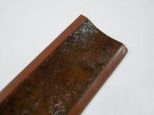 Listwa przyblatowa wykonana z tworzywa sztucznego.  Całkowita długość - 3000mm. Kolor - Magma 636