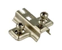 Prowadnik H=0 mm Do Zawiasu z Euro.   Prowadnik firmy FGV Wykonanie: stal niklowana. Grubość stali: 1,0 mm. Wysokość prowadnika: H=0 mm.