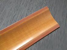 Listwa przyblatowa wykonana z tworzywa sztucznego.  Całkowita długość - 3000mm. Kolor - wiśnia dworkowa 657