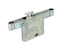 Uchwyt do zawieszania regałów 821 prawy włoskiej firmy CAMAR.  Zawieszka ta jest wpuszczana w płytę i mocowana do uchwytów przykręcanych do ściany....