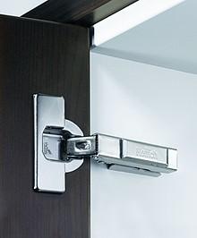"""Zawias automatyczny z techniką montażu na prowadnik typu """"clip"""" Klasyfikacja jakości zgodnie z EN 15570, poziom 3 Do drzwi o grubości 15 - 25 mm..."""
