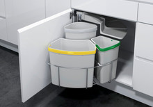 Kosz do sortowania odpadów Eko Center  Pojemność1x19l + 1x12l + 1x9l Do korpusu o szerokości 50cm  Szerokość 450 mm Wysokość 525 mm...