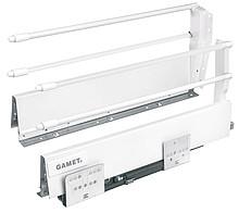 Szuflada Gamet Box firmy GAMET Dane techniczne: Wysokość boków 218mm Regulacja pionowa i pozioma panelu frontowego: +/- 2 mm Boki wykonane ze stali...
