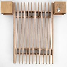 Wyjątkowe łóżko, którego szerokość może być regulowana od 90 do 180 cm. Wykonane ze sklejki bukowej, wyłącznie z materiałów pochodzenia...