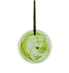 Szklana dekoracja na skórzanym rzemieniu. Ręcznie wykonana. Kolor oliwkowy.