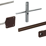 Komplet dwóch okuć wyrównujących(napinających) front szafy z mocowaniem z tworzywa sztucznego  Drzwi o grubości od 16 mm i wysokości do 2600 mm...