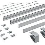Zestaw składa się z: 2 szt. profili jezdnych, aluminium anodowane, z otworami 2 szt. dekoracyjnych profili z aluminium do wciskania lub 2 szt. dekoracyjnych...