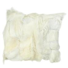 Oryginalna poduszka wykonana z miękkiej koziej skóry, pochodzącej z recyclingu. Miła w dotyku. Odcienie bieli. Produkt ręcznie wykonany w Polsce....