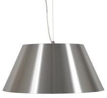 Prostota i surowa elegancja. Lampa wisząca CAP składa się z zewnętrznego klosza z matowego aluminium oraz mniejszego, wewnętrznego, wykonanego ze szkła....