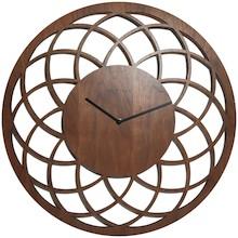 Zegar Nextime Dreamcatcher, który zwraca uwagę subtelnym designem. Ażurowa, drewniana tarcza czyni zegar delikatnym dodatkiem do salonu, sypialni lub...