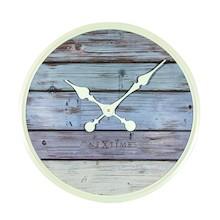 Zegar 3134 GS Plank zaprojektowany przez Jette Scheib, wyposażony jest w mechanizm płynący zasilany za pomocą baterii typu AA. Zegar wykonany z drewna w...
