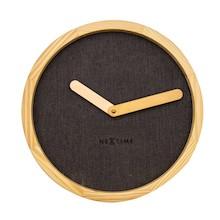 Zegar 3155 BR Calm zaprojektowany przez Jette Scheib, wyposażony jest w mechanizm płynący zasilany za pomocą baterii typu AA. Zegar wykonany z drewna i...