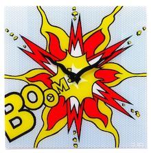"""Zegar 8173 """"Boom"""", którego projektantem jest 20four, posiada mechanizm skokowy zasilany za pomocą baterii typu AA. Zegar wykonany z szkła w wielu..."""
