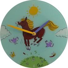 Zegar ścienny Jump For Joy przedstawia sielski obrazek, który na pewno spodoba się wielu maluchom. Z tego tez względu zegar ten będzie doskonałym...