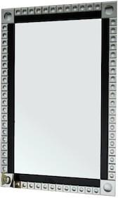 Rama lustra wykonana jest z lusterek. Lusterka posiadają fazę. Lustro można wieszać w pionie oraz w poziomie.  Wymiar lustra (cm) 80x120