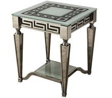 Stolik wykonany jest ze stali nierdzewnej. Blat jest z białego, hartowanego szkła.  Wymiary:  szerokość (cm) 50 głębokość (cm) 50 wysokość (cm)...