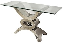 Konsola wykonana jest ze stali nierdzewnej. Blat jest z hartowanego szkła.  Wymiary:  szerokość (cm) 150 głębokość (cm) 45 wysokość (cm) 75
