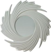 Rama lustra wykonana jest z masy PU. Pokryta jest białym lakierem. Tafla lustra jest kryształowa.  Wymiary:  Wymiar lustra razem z ramą (cm) 95x95...