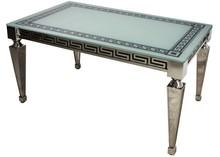 Stół wykonany jest ze stali nierdzewnej. Blat jest z białego szkła hartowanego.  Wymiary:  szerokość (cm) 150 głębokość (cm) 90 wysokość (cm)...