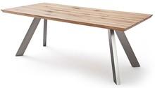 MILTON to bardzo oryginalny stół, który przyciąga uwagę i zdobi wnętrze w którym się znajduje. Blat posiada naturalne pęknięcia, wgniecenia, sęki,...