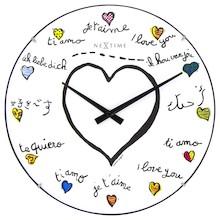 Niezwykle oryginalny zegarek ścienny Loving You świetnie sprawdzi się w każdym pokoju młodzieżowym, a być może także w designerskim salonie. Zamiast...
