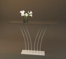 Konsola Selene Konsole z kolekcji cechują wysublimowany kształt oraz minimalistyczna forma. Konsole cechuje wyjątkowa lekkość przy jednoczesnym...