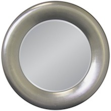 Eleganckie lustro w posrebrzanej, prostej ramie. Rama lustra wykonana jest z masy PU i pokryta srebrnym szlagmetalem. Szlagmetal to cieniutkie listki metalu...