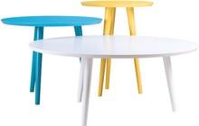 Komplet lekkich fantazyjnych stolików Tweet zaczaruje Twoje wnętrze. Delikatne i jednocześnie eleganckie kształty ich blatów idealnie wpasowują się do...