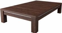 Strefa wypoczynku nie może odbyć się bez stolika kawowego. Można na nim postawić filiżankę aromatycznej kawy albo odłożyć czytany magazyn. Oferowany...