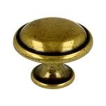 Stylizowana gałka włoskiej firmy Bosetti Marella wykonana z wysokiej jakości stopu cynku i aluminium.  Kolor pokrycia: stare złoto Średnica gałki: 30...