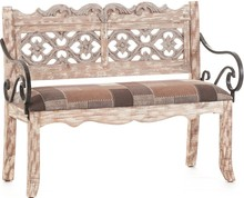Niezwykle szykowna sofa Mazine to wyjątkowy mebel, który zwróci uwagę nawet bardzo wymagających osób.  Wyróżnia się piękną, wyrazistą...