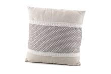 Poduszka z wypełnieniem Filatti to wyjątkowy produkt, który sprawdzi się w wielu wnętrzach.  Dostępna jest w wielu wzorach. Można znaleźć...