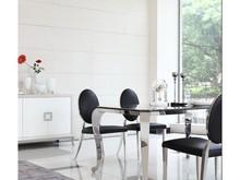 Nowoczesny stół Italian Design Stół jest stworzony dla ludzi wymagających, ceniących przestrzeń, dbających o ład i harmonię każdego wnętrza....