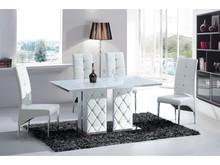 Stół Italian Design to prosty sposób na to, aby nowoczesne, nawet dość surowe wnętrza nabrały mnóstwo włoskiego szyku i klasy. Stół idealnie...