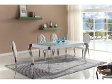 Designerski stół stworzony przez jednego z najsławniejszych włoskich projektantów.  Materiał wykonania : -stal nierdzewna polerowana -grube hartowane...