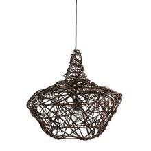 Lampa wisząca, o interesującej formie. Wykonana ręcznie przez polskich rzemieślników z wikliny. Kolor lampy naturalny. Dzięki ażurowej wyplatanej...