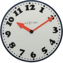 """Zegar 8151 """"Boy"""", którego projektantem jest NeXtime, posiada mechanizm skokowy zasilany za pomocą baterii typu AA. Zegar wykonany ze szkła w..."""