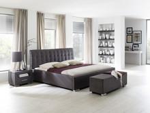 Łóżko ISABEL wyróżniają charakterystyczne, tapicerowane elementy konstrukcyjne łoża i wezgłowia. Elegancki, ekskluzywny charakter, wpływający na...
