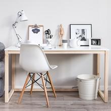 """""""DES3-138"""" to powięszkona i wzmocniona wersja ulubionego wśród naszych klientów biurka DES3.Mebel w minimalistycznym stylu,..."""