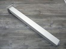 Noga metalowa kwadratowa w kolorze aluminium z możliwością regulacji wysokości (ok. 2cm). Wymiary 60x60 mm. Wysokość 710 mm. Wyrób umożliwiający...