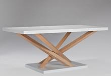 STOLIK DREWNIANY  To nowoczesny i minimalistyczny mebel zaprojektowany z myślą o zastosowaniu w małych pomieszczeniach. Mebelek ten łączy w sobie...