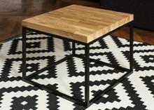 Stolik kawowy SALLE  To nowoczesny i minimalistyczny mebel zaprojektowany z myślą o zastosowaniu w małych pomieszczeniach. Mebelek ten łączy w sobie...