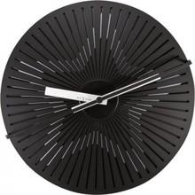 Zegar 3129 Kinegram Star zaprojektowany przez Zoltan Kecskemeti, wyposażony jest w mechanizm skokowy zasilany za pomocą baterii typu AA. Zegar wykonany z...